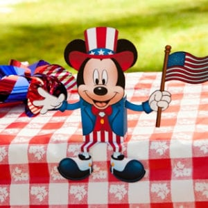 FREE Printable Mickey Mouse 4th of July Candy Box Activity