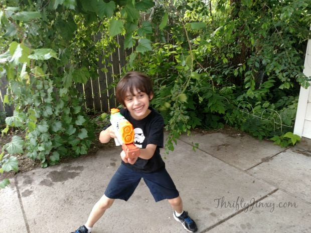Nerf Super Soaker Zombie Strike Dreadshot Water Blaster Review