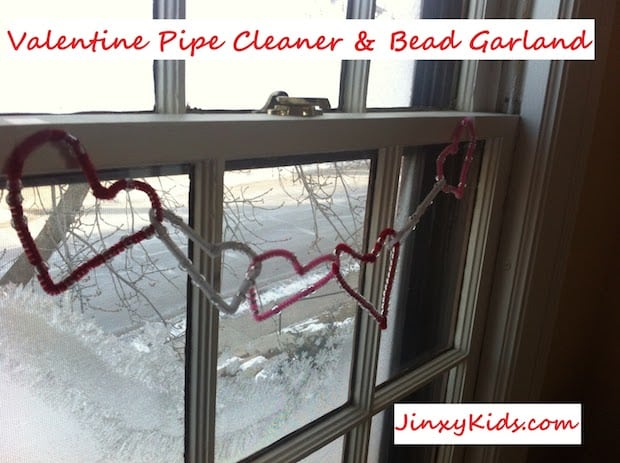 valentine garland pipe cleaners