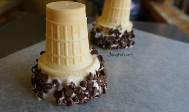 Chocolate Dipped Ice Cream Cones Recipe - Jinxy Kids