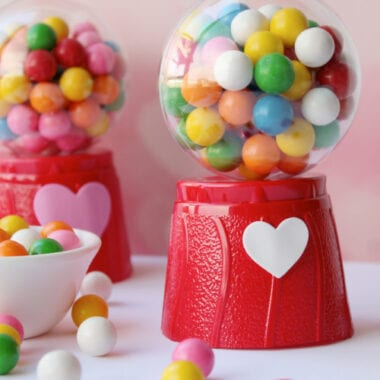 Valentine's Day Mini Gum Ball Machines